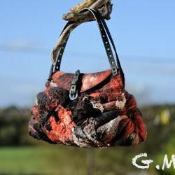 Handbag Felted Bag - Wool Hand Bags , Felted Wool Purse,Wet Felted Bags, Red&Black Bag.
